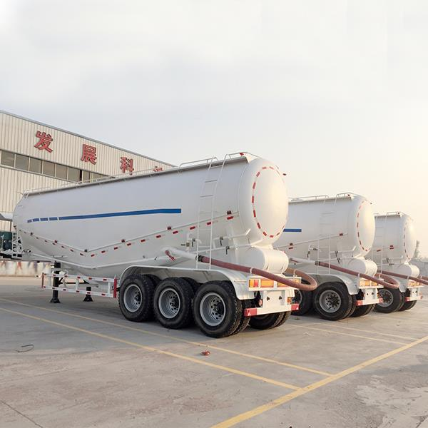 3 Axles 45CBM 60 Tons Bulk Cement Bulker Tanker Truck Trailer
