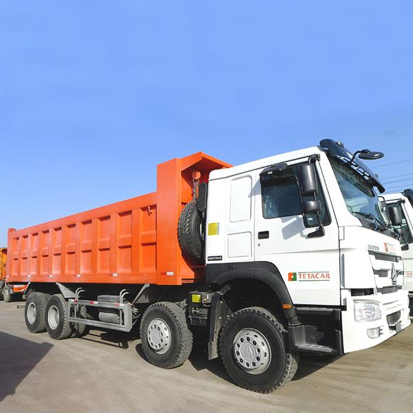 China SINOTRUK HOWO 24M3 8X4 Cheap 371HP 12 Wheeler Dump Tipper Truck Dealer