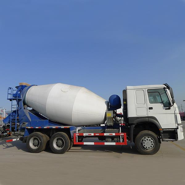 China SINOTRUK HOWO 10 Wheeler 9 CBM Concrete Cement Mixture Mixing Mixer Truck