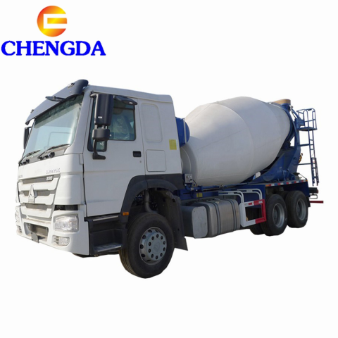 HOWO Self Loading 8 Cubic Meters Concrete Mixer Truck